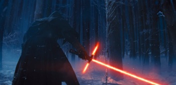 star-wars-the-force-awakens-pub-still.v03.1 (2)